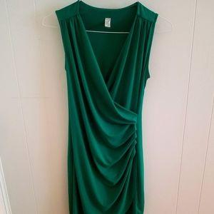 Green sleeveless maternity dress